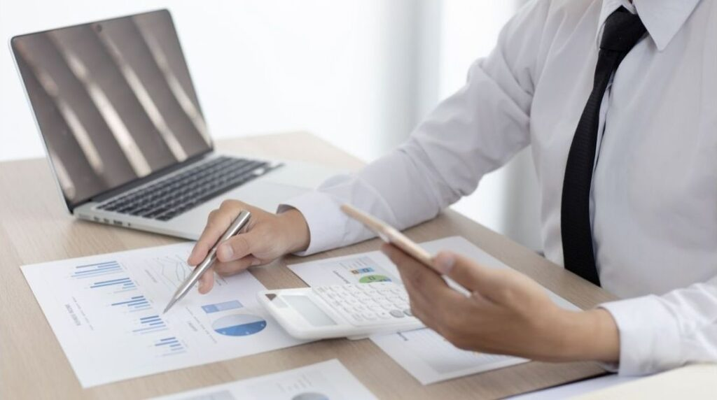 Bookkeeping Keighley: Hassle-free service. PAUL J LOCKEY Bookkeeping & Accounts.